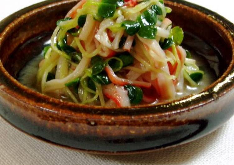 Easiest Way to Cook Appetizing Daikon Radish Sprout Salad
