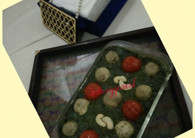How to Prepare Recipe of Cheese balls in creamy spinach curry#Cheese
