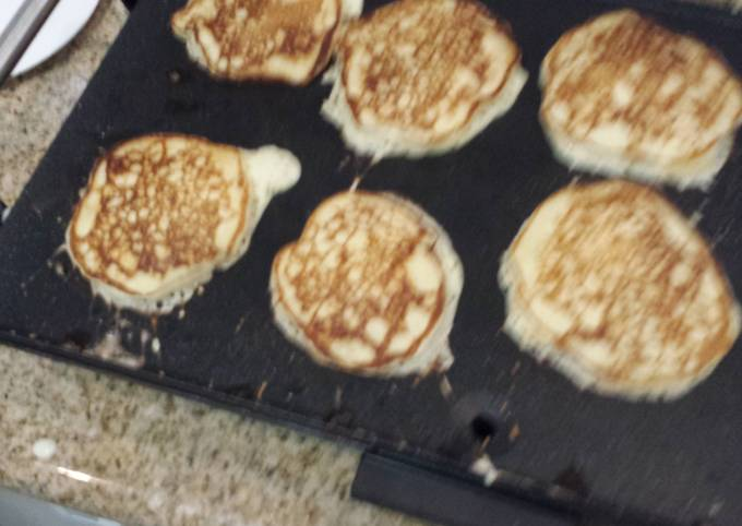 Dad's Famous Buttermilk Pancakes