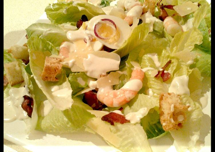 How to Prepare Favorite Ceaser salad with prawns