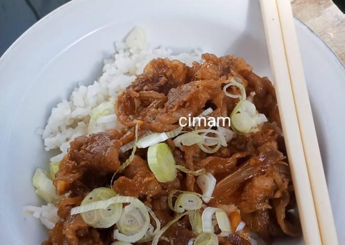 Tumis daging Yoshinoya