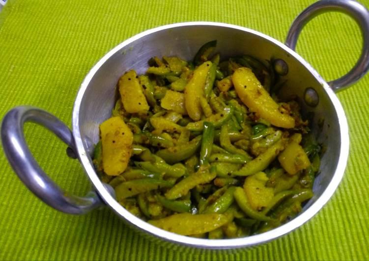 Simple Way to Make Perfect Tinda potato sabji