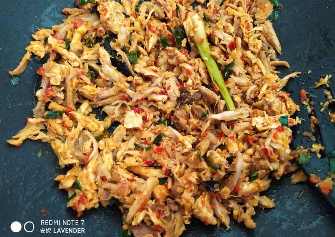 Isian Cireng (ayam suwir)