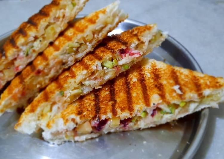 Mixed Veg Cheese Grilled Sandwich Recipe By Bhavisha Hirapara Cookpad