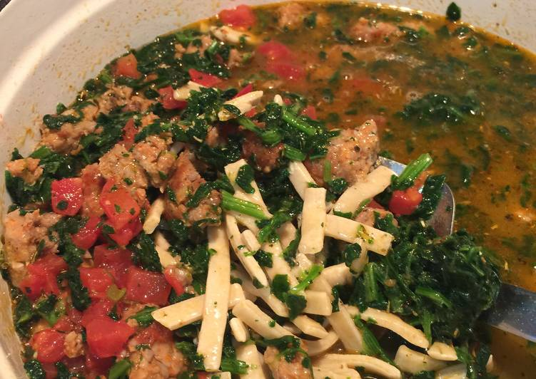 Italian Sausage & Spinach Soup