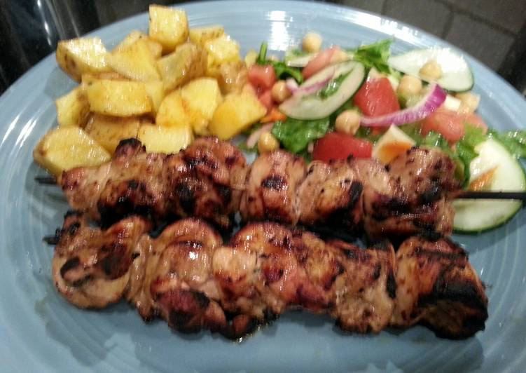 Easy Homemade Grilled Skewered Chicken Recipe
