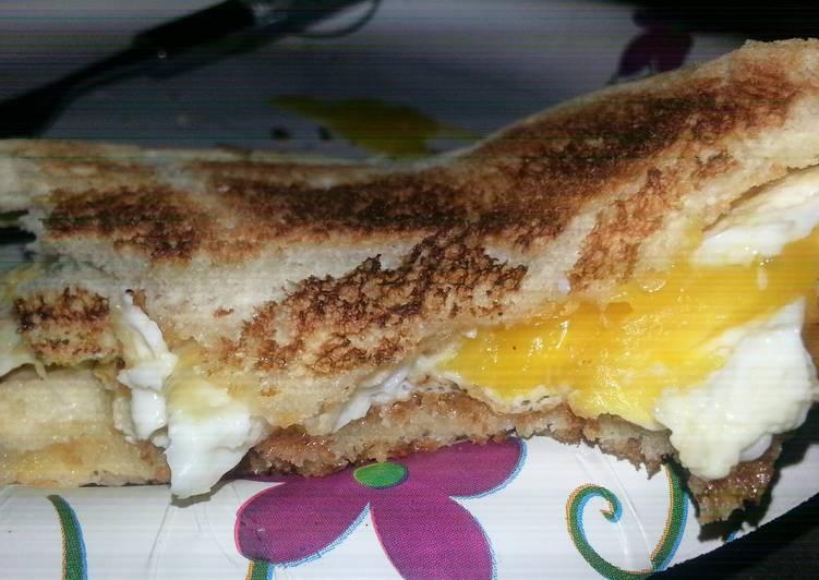 Easiest Way to Make Ultimate Easy Egg Sandwich