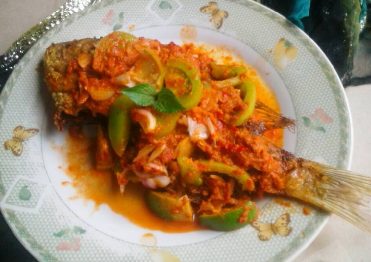 Ikan kakap sambal banjur