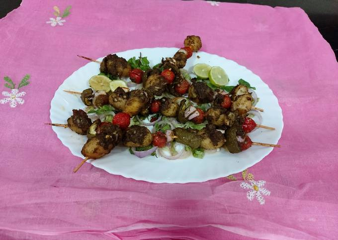 Grilled baby potatoes and tomatoes with green chattny