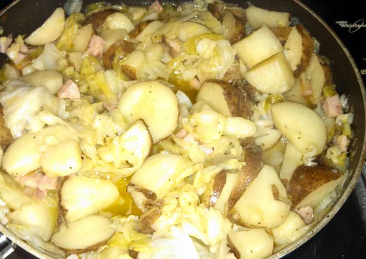 Fried Cabbage, Potatoes and Ham(optional)