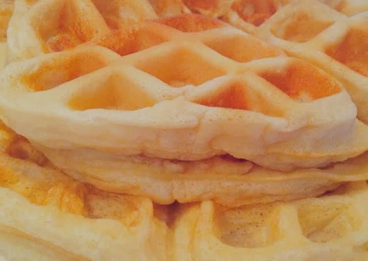 Fluffy Delish Waffles