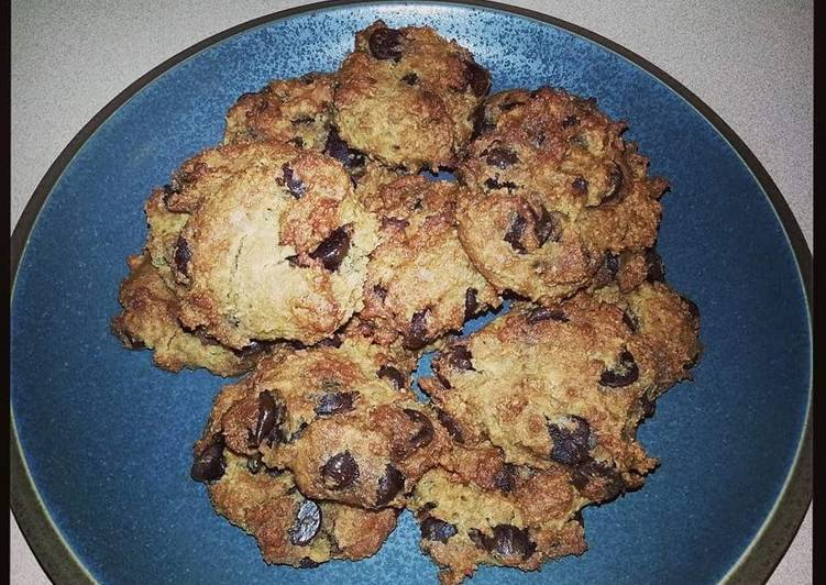 Heidi's Healthy Chocolate Chip Cookies - Gluten Free!