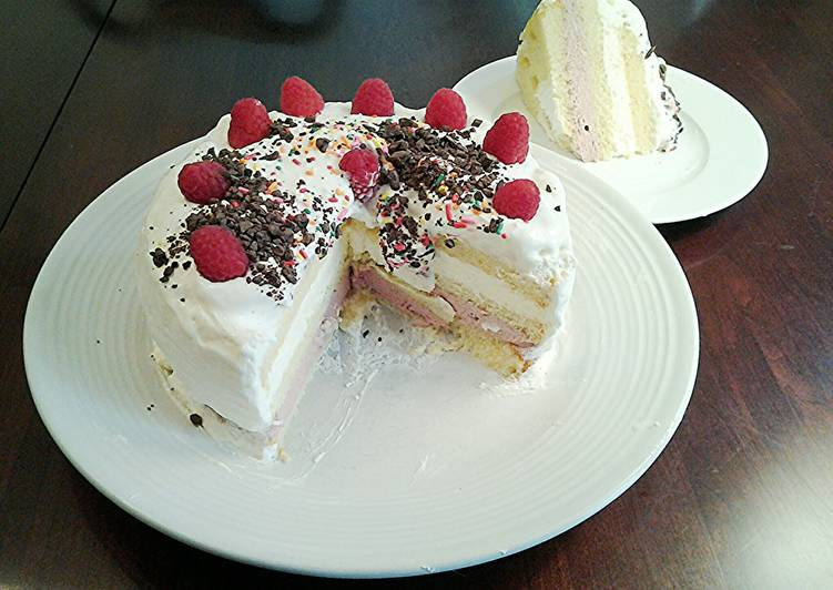 Recipe of Award-winning Butter Cake filled with Rasberry and Lemon Whipped Cream, with a Vanilla Whipped Cream Topping