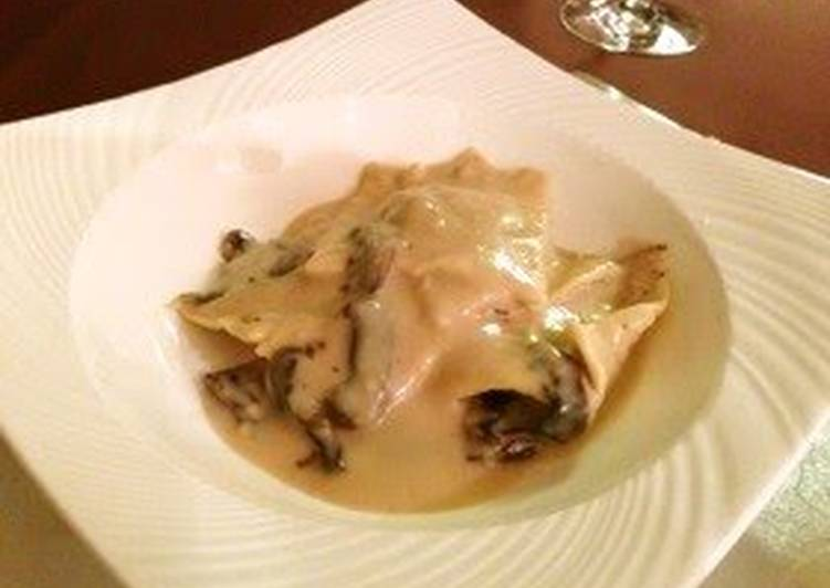 Step-by-Step Guide to Prepare Perfect Porcini Mushroom Ravioli in Soy Milk Sauce