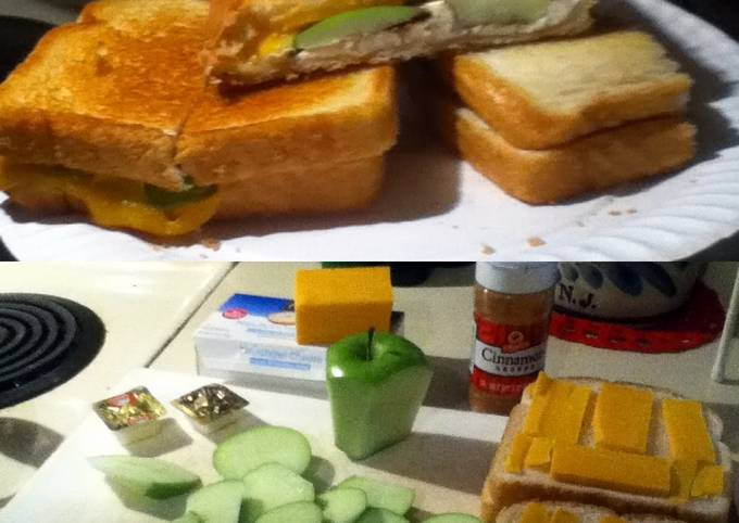 Recipe: Appetizing Apple Pie Grilled Cheese