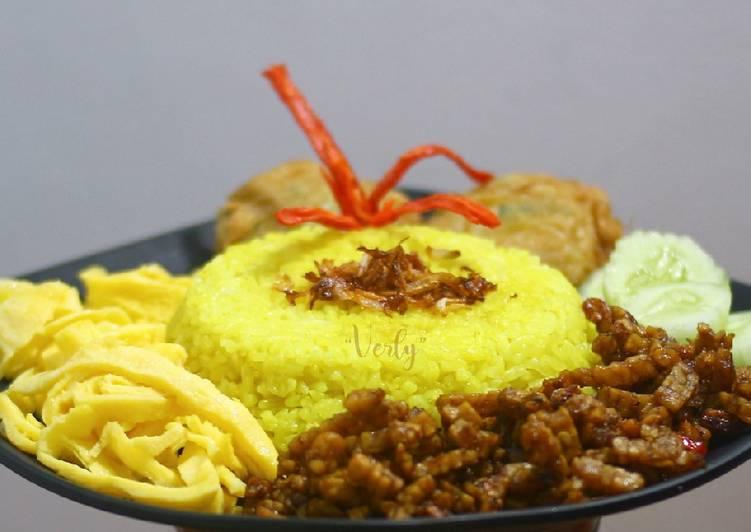 Nasi kuning simple (rice cooker) - cookandrecipe.com