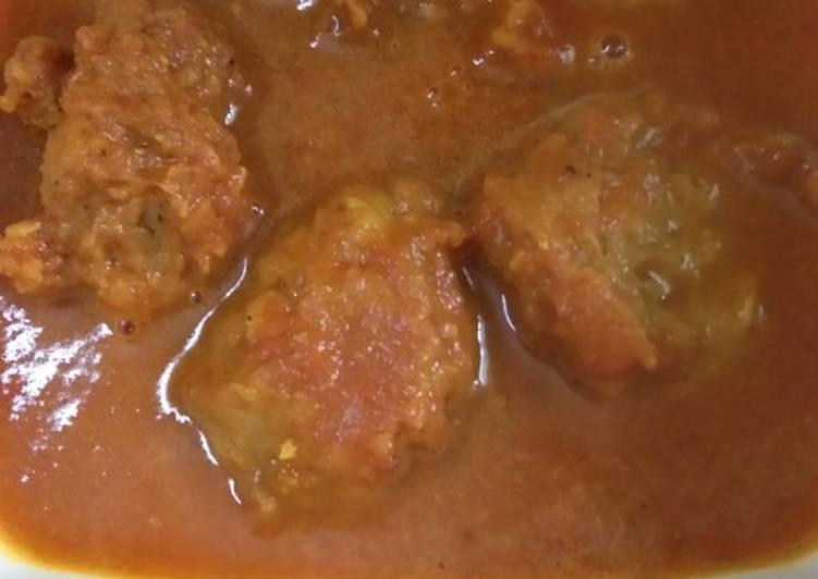M's Meatballs gravy
