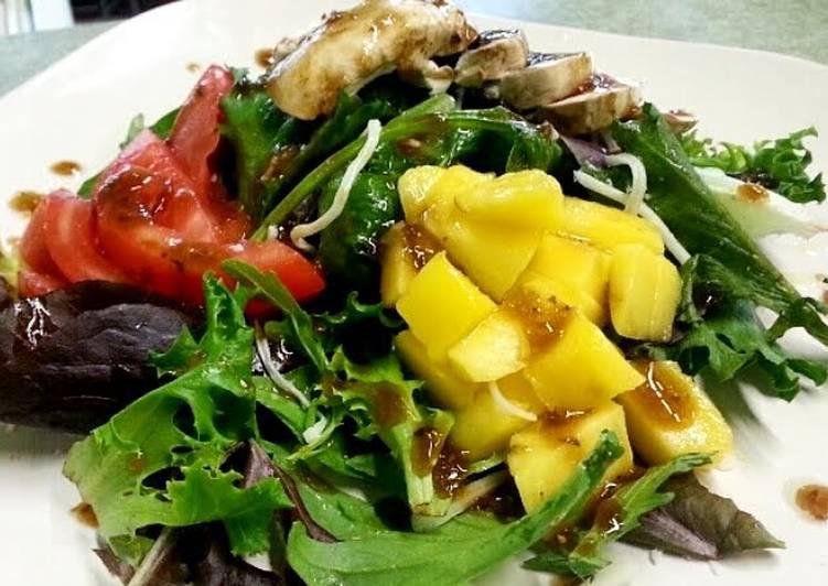 Delicious 5 minute salad
