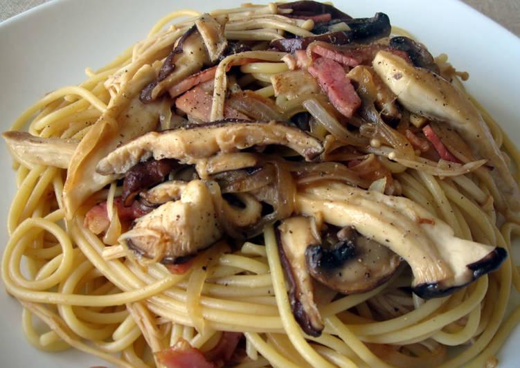 How to Prepare Award-winning Bacon & Kinoko Spaghetti