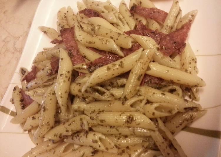 Penne Pesto with Ham