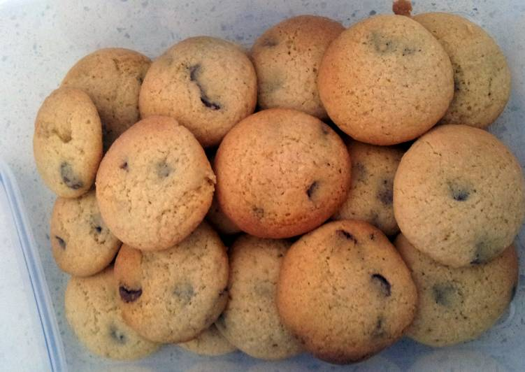Chewy Choc Chip Cookies