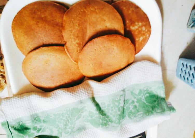 10 Minute Dinner Ideas Love Banana and cinnamon chocolate pancakes