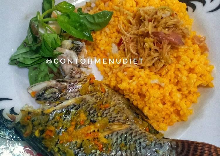 Pepes kilat ikan nila bungkus daun nasi jagung