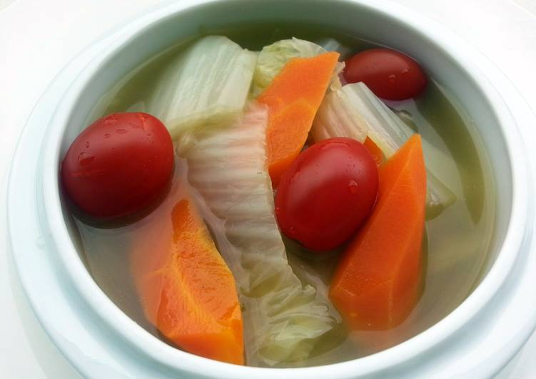 Napa Cabbage and Carrot In Chicken Soup