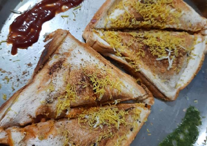 Mix veg grilled sandwich