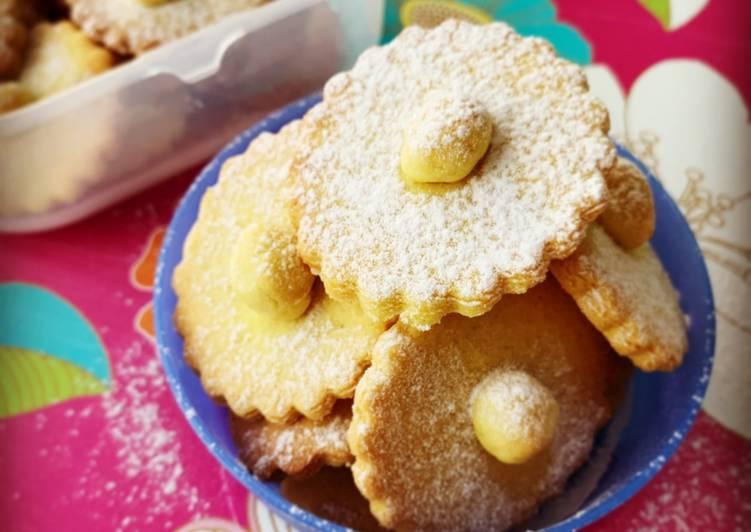 Ricetta Margheritine di biscotto