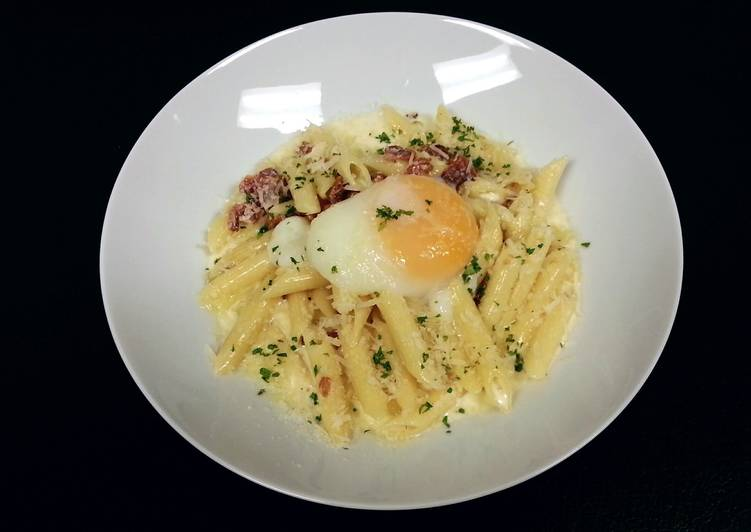 Steps to Prepare Speedy Penne' Pasta with back bacon white sauce and poached egg