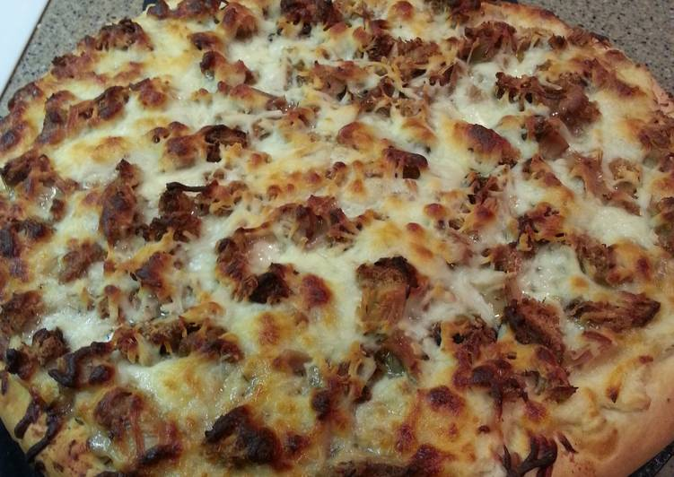 How to Make Homemade Turkey Day Pizza
