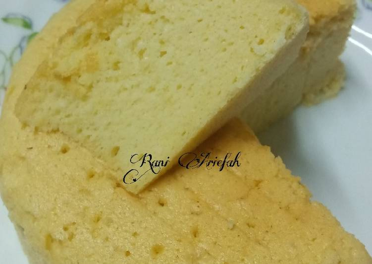 Cheddar Cheese Cake(Bolu keju) - cookandrecipe.com
