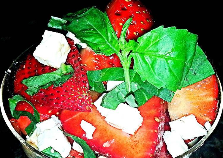 Recipe of Award-winning Mike's Balsamic Strawberry Feta Salad