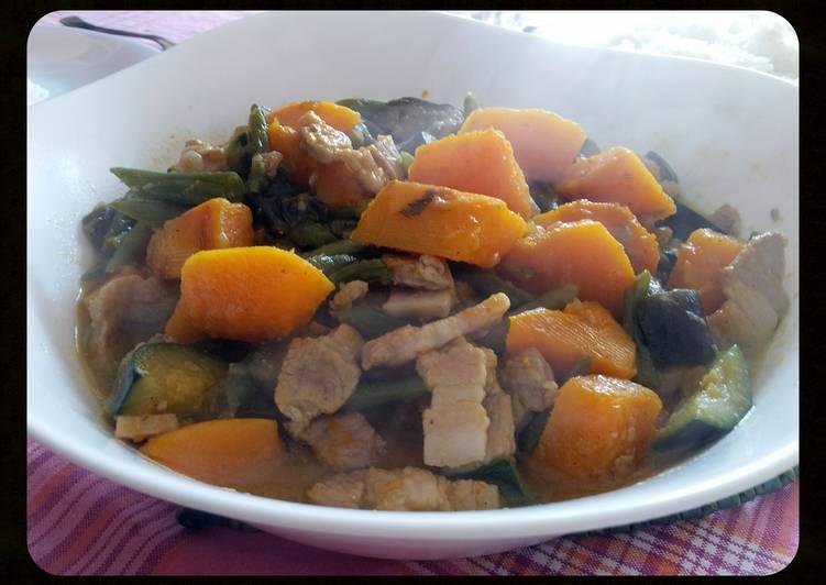 AMIEs GULAY na KALABASA (squash vegetable)