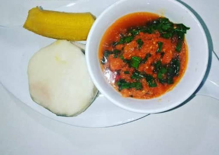 Yam and Plantain with spring onions sauce