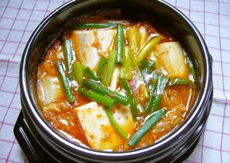 Recipe of Award-winning Kimchi Jjigae for One