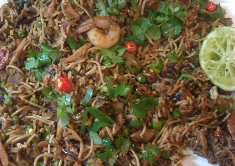 Eating 14 Superfoods Is A Good Way To Go Green For Better Health Heidi's Singapore Noodles