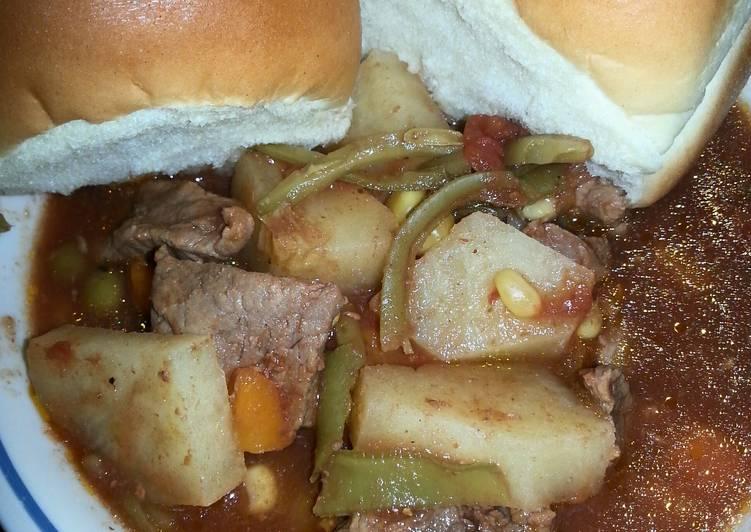 Crockpot Beefy Vegetable Soup