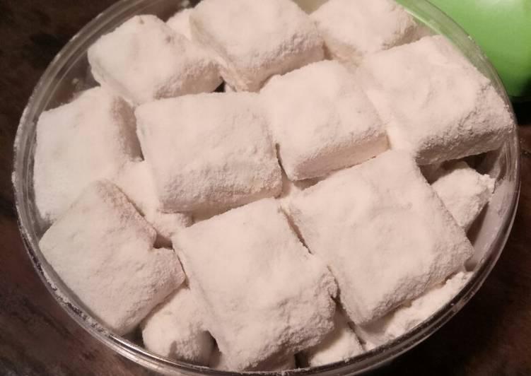Balok balok kue salju kacang tanpa oven