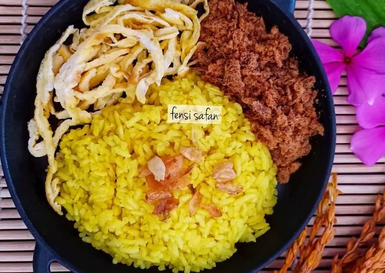 Nasi Kuning (rice cooker) - cookandrecipe.com