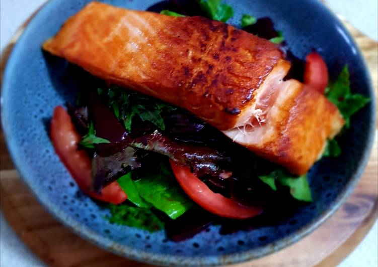 Crispy Salmon Skin With Salad Leaves