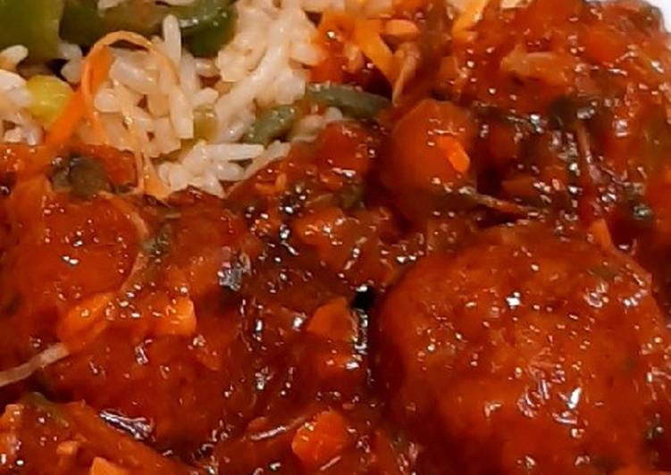 How to Make Any-night-of-the-week Spicy Manchurian with Rice