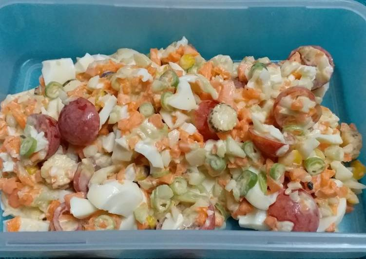 What is Dinner Easy Ultimate Mayo Egg Vegetable Salad