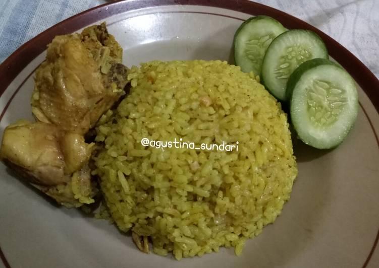 137. Nasi Kebuli Ayam Rice Cooker