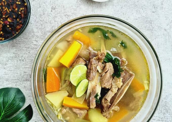 Soup Iga enak, seger dan empukk