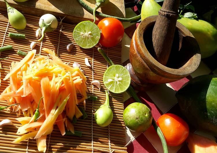Your Health Can Be Impacted By The Foods You Decide To Consume Som Tum / Thai Papaya Salad