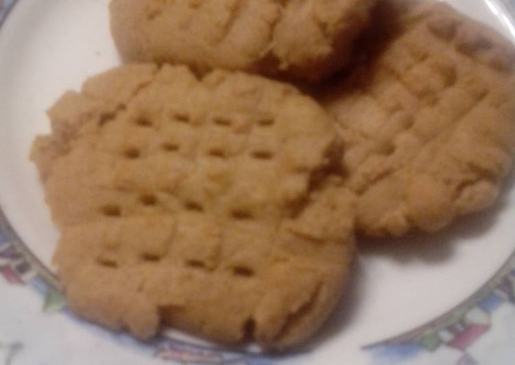 Nora-San's Soft Peanut Butter Cookies