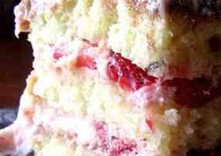 Vanilla Cake W/ Strawberry Cream Frosting