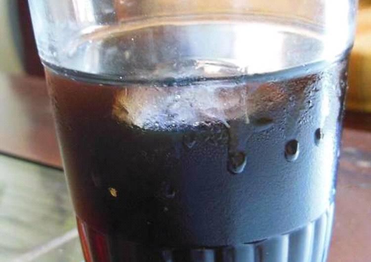 Kopi Seduh Dingin (Cold Brew)